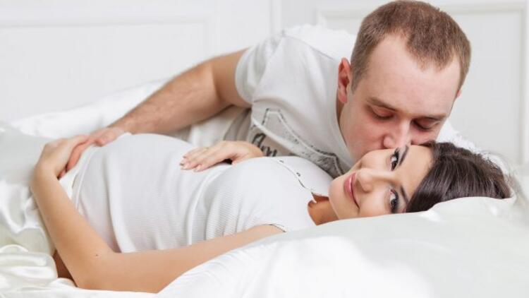 Hamilelikte cinsel ilişkiye girilir mi?