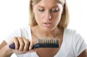 Saç dökülmelerinin Sebepleri ve Öneriler